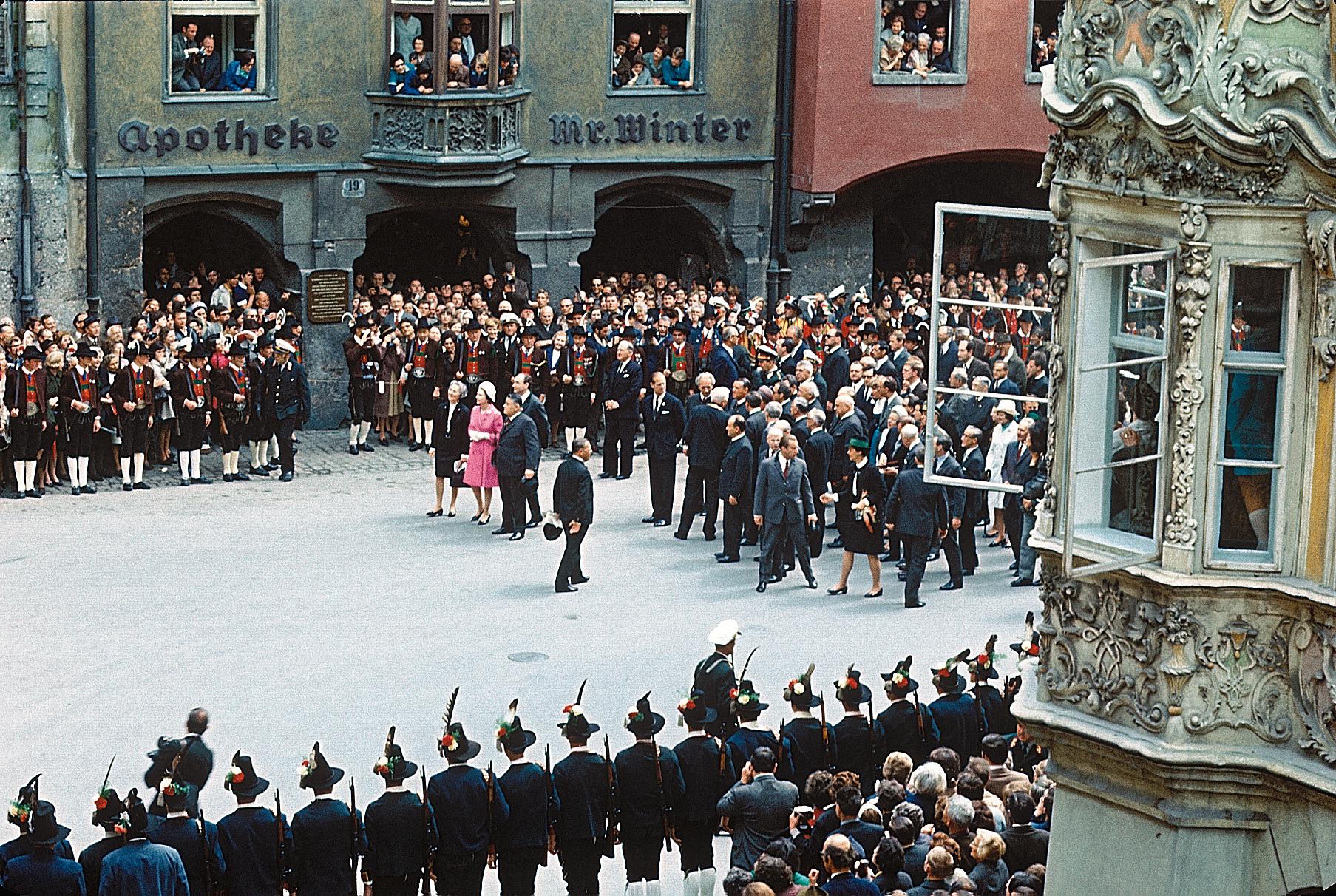 Her Majesty The Queen In Innsbruck