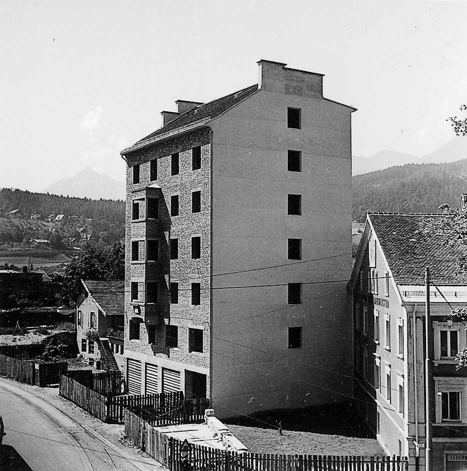Drei Generationen Von Gebäuden…