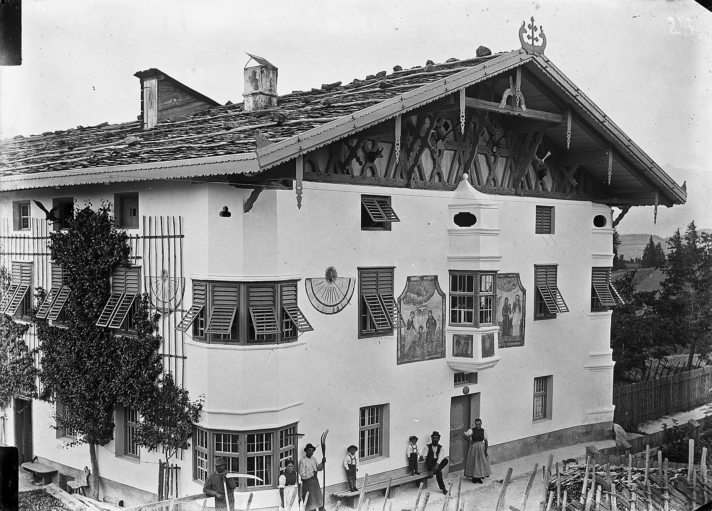 Ein Stattliches Tiroler Bauernhaus…
