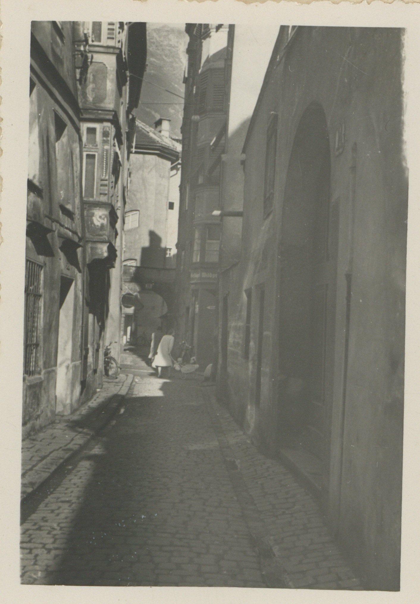 Blick In Die Schlossergasse