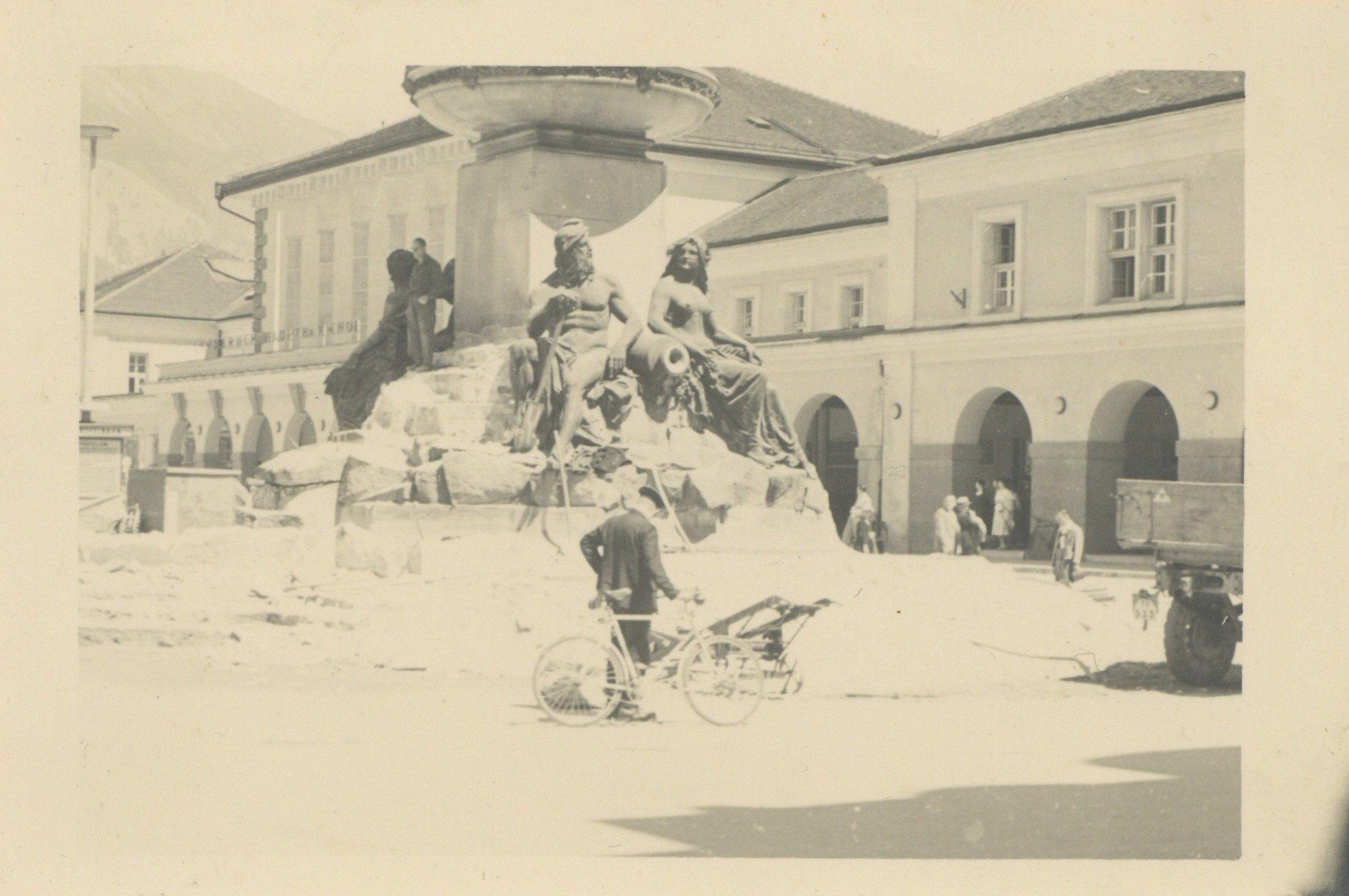 Am Vereinigungsbrunnen