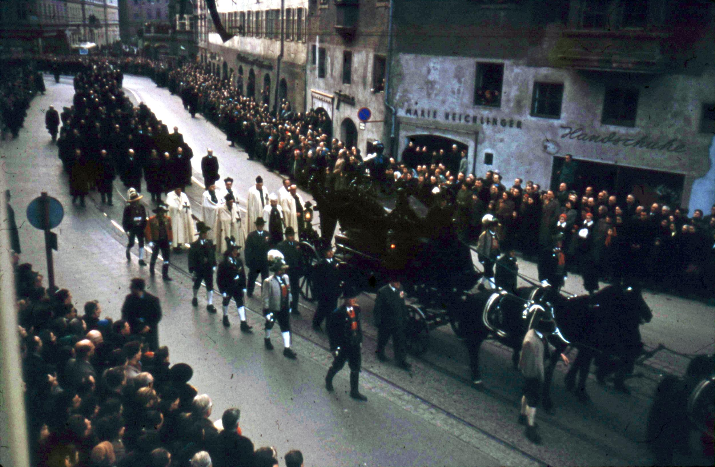 Ein Habsburg-Begräbnis In Innsbruck
