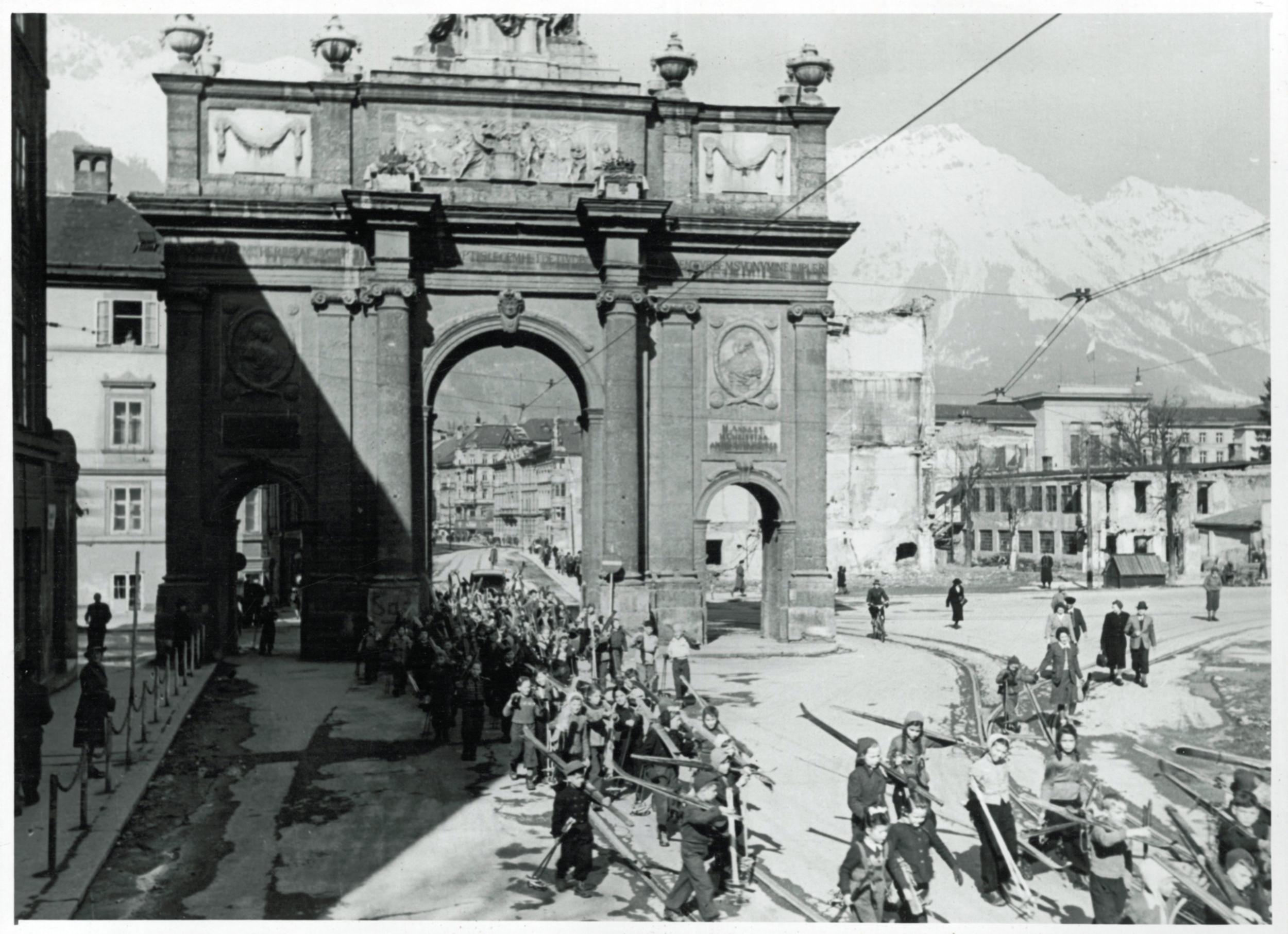 Innsbrucks Bewerbung Für Die Olympischen Winterspiele 1960, Teil 1