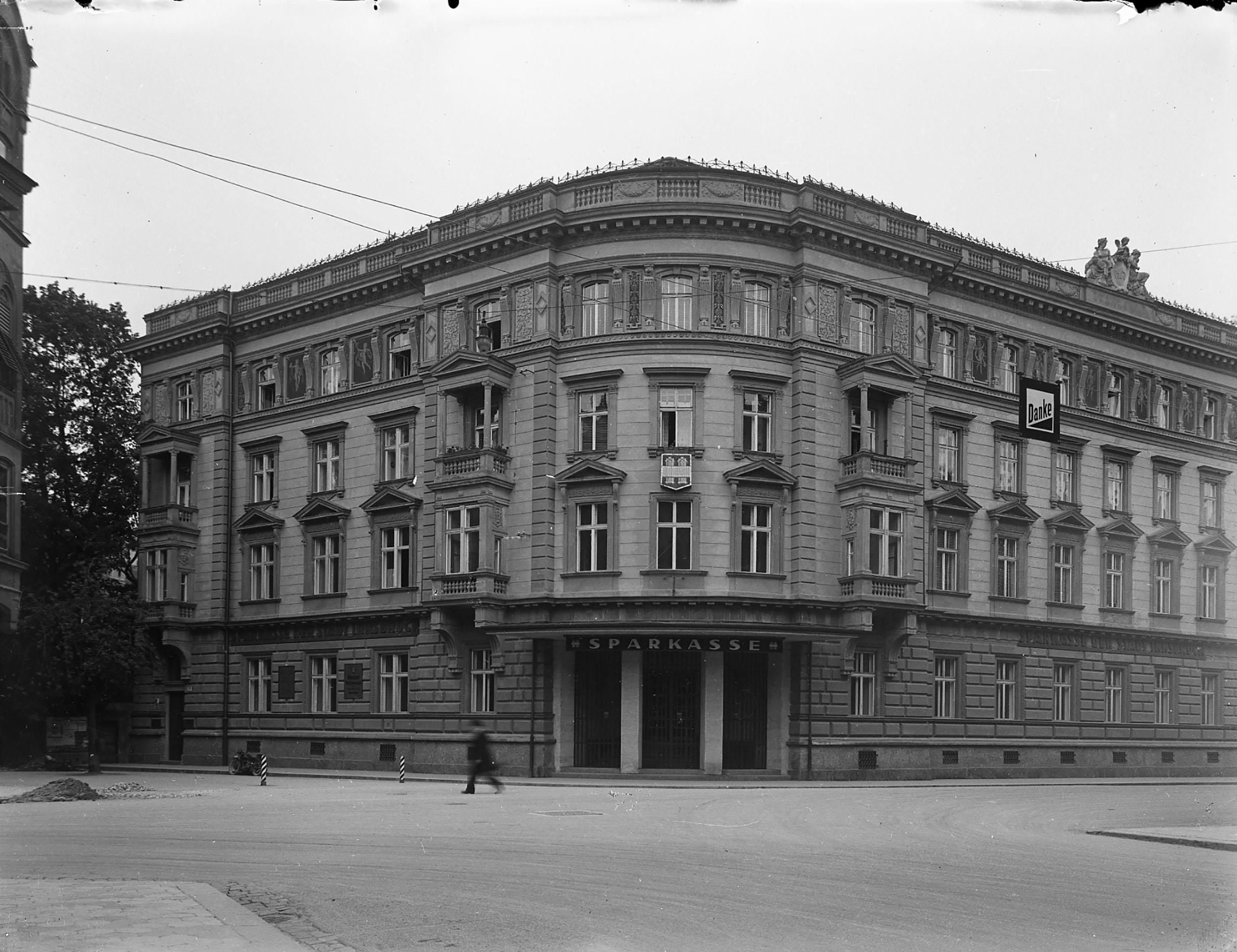Das Palais Der Sparkasse