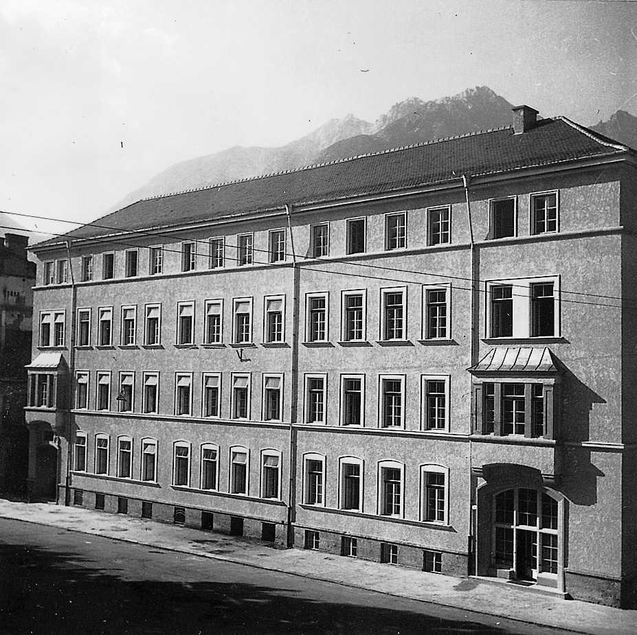 Eine Kaserne