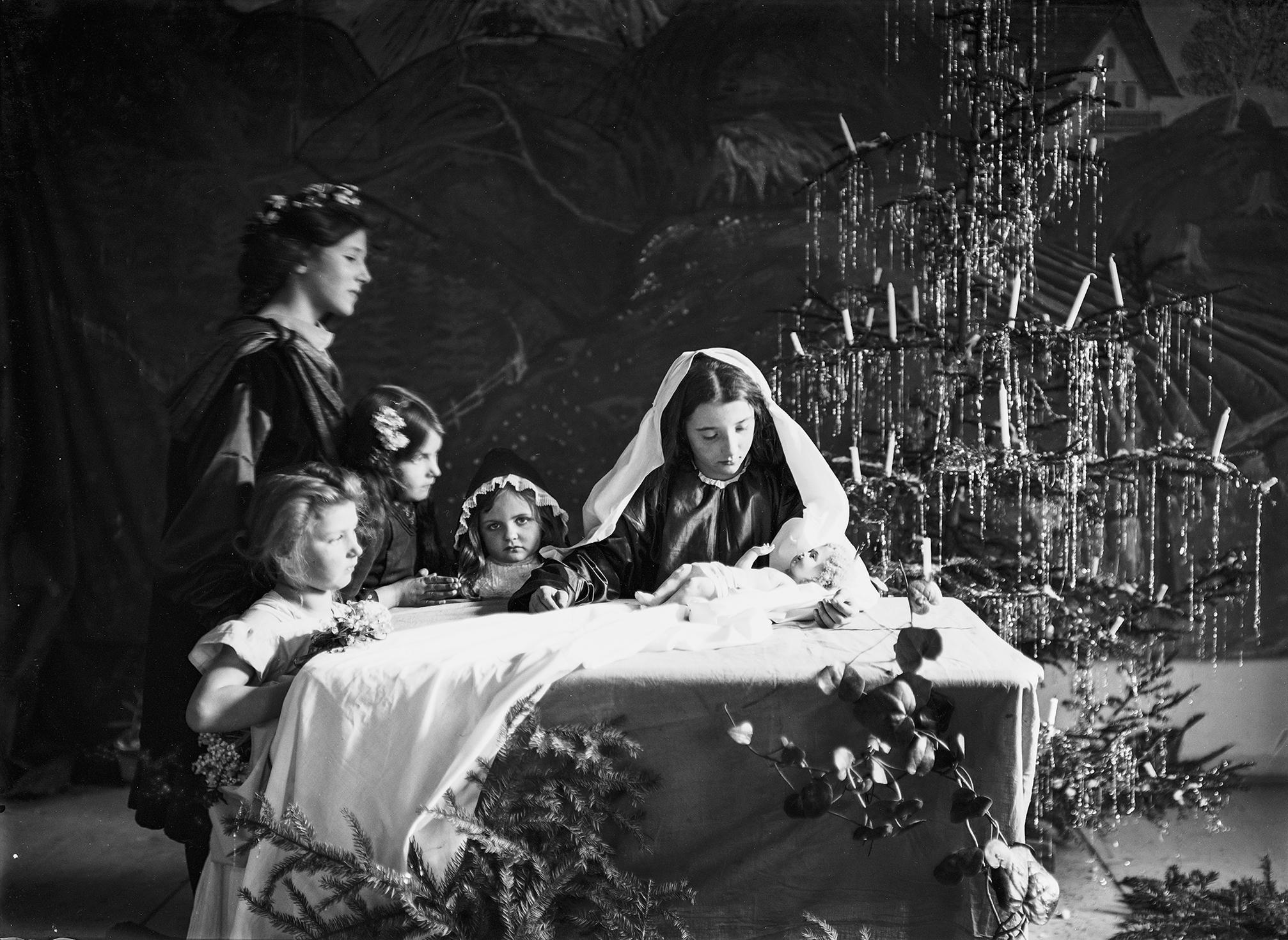 Frohe(?) Weihnachten: Mit Den Augen Des Unbekannten Fotografen XXII