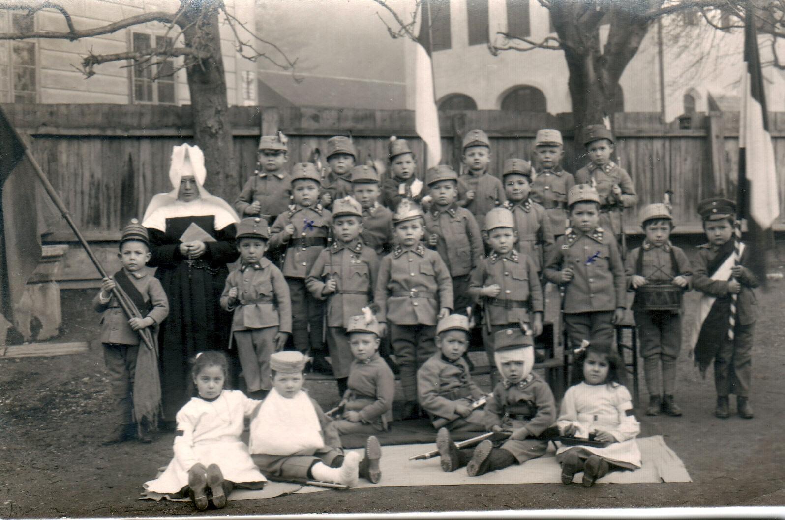Kindergartenfoto 1915/16