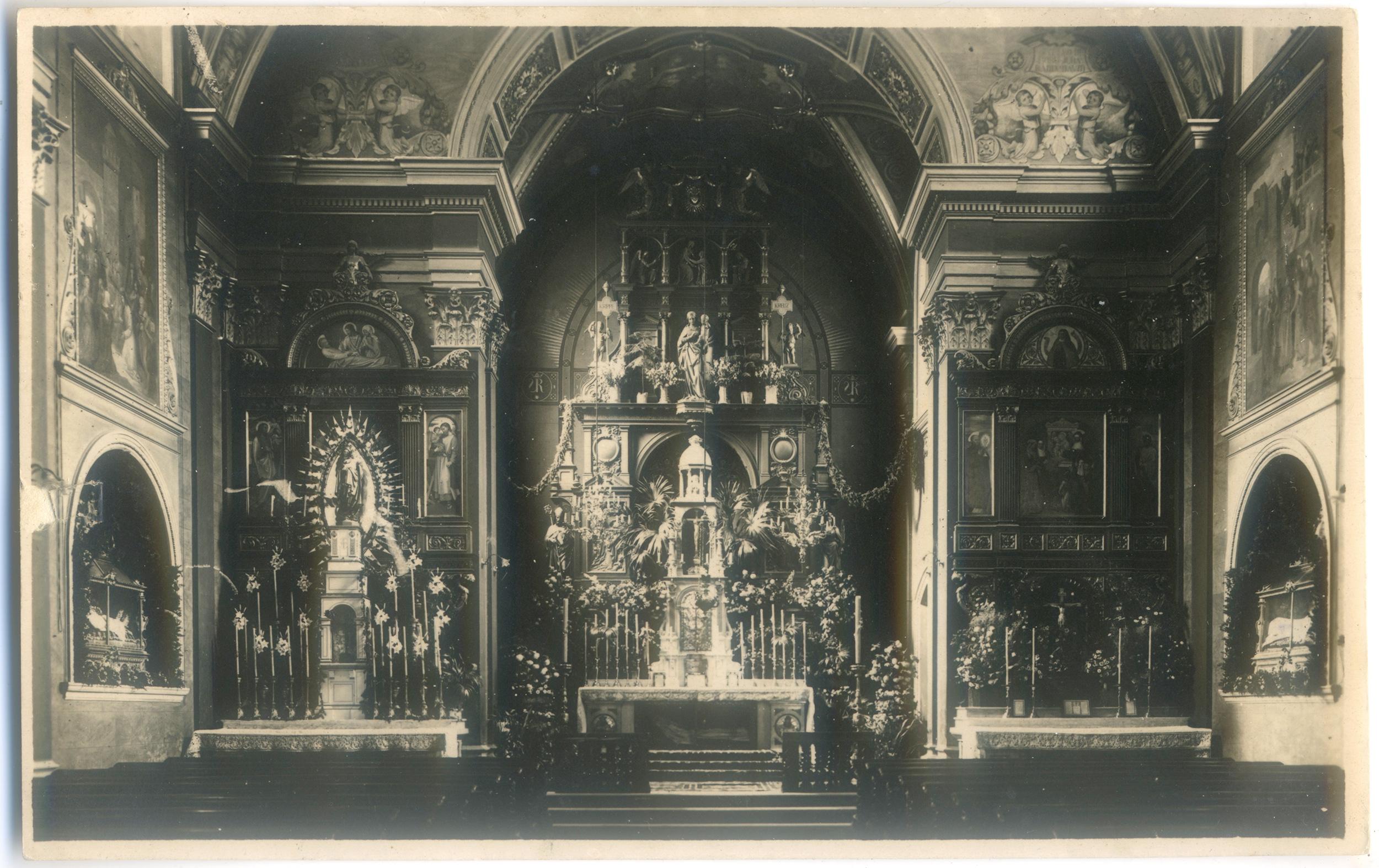 Eine Halbe Doppelkirche